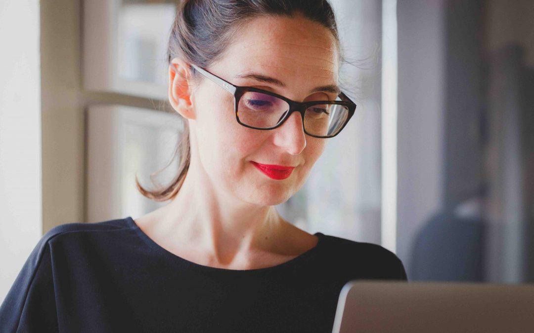 Így lesz tartós a szemüveged! 5+1 jó tanács a Hoya szakértőitől